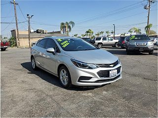 2017 Chevrolet Cruze LT VIN: 1G1BE5SM9H7240070