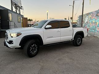 2017 Toyota Tacoma TRD Off Road VIN: 3TMCZ5AN8HM077525