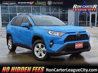 2019 Toyota RAV4 XLE VIN: JTMW1RFV1KD511694