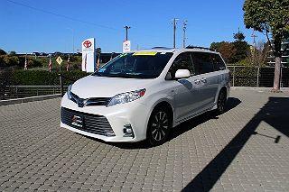2020 Toyota Sienna XLE VIN: 5TDDZ3DC4LS247861